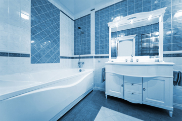 Blue & White Tiled Bathroom with Border & Feature Patterns