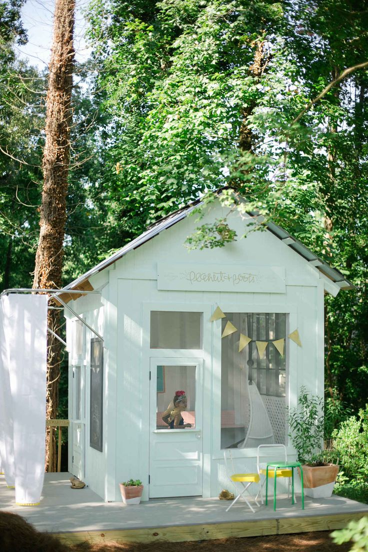 How to add an extra room to your house for Shed playhouses