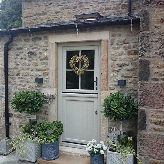 front-door-planting