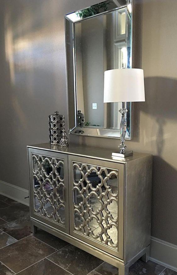 mirrored-furniture
