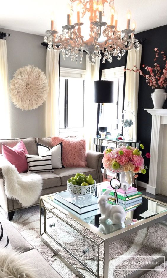 Black feminine living room