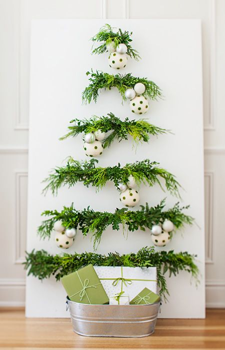 Wall Christmas Tree with pine smell