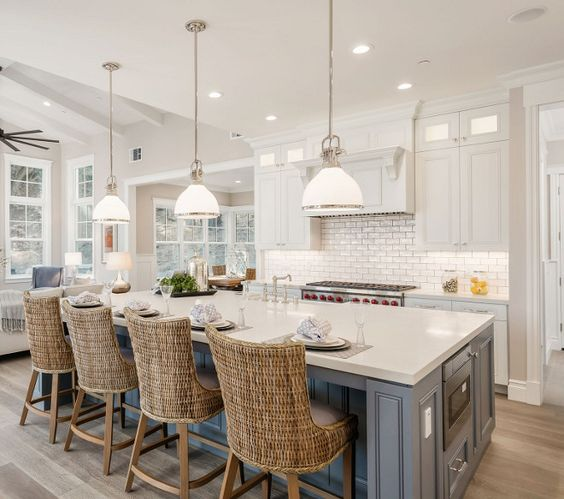kitchen island with lighting