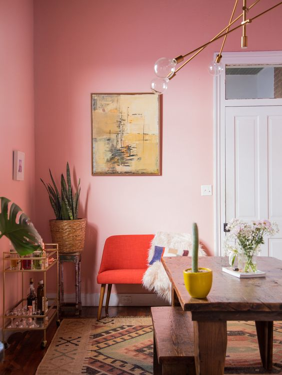 decorating pink walls