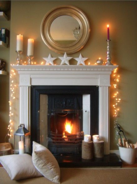 Xmas mantelpiece simple